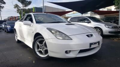 01 WHITE CELICA AUTO