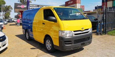 2009 TOYOTA HIACE LWB MANUAL (Petrol or LPG )